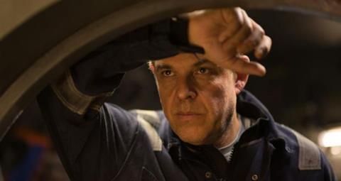 1218345_Danny-Huston